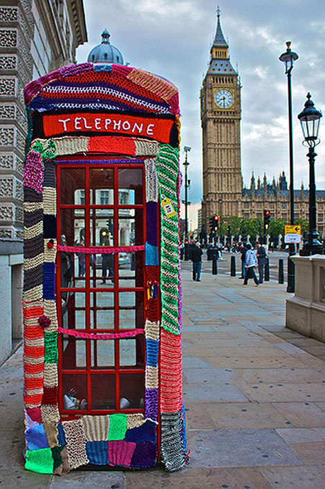 Guerilla-knitting_london